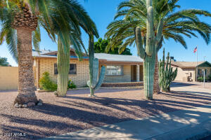 1695 W 13th Avenue, Apache Junction, AZ 85120