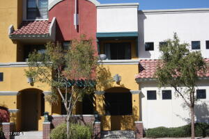 123 Washington St #12 in Historic Downtown Chandler!
