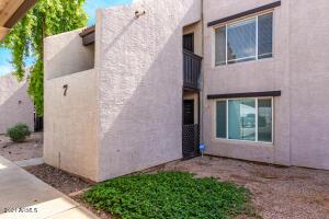 1927 E HAMPTON Avenue, 140, Mesa, AZ 85204