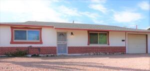 2049 E BAYBERRY Avenue, Mesa, AZ 85204