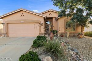 4913 S PEACH WILLOW Lane, Gilbert, AZ 85298