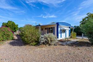 9240 E SUNLAND Avenue, Mesa, AZ 85208