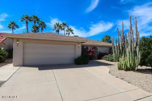 26622 S SAGEBERRY Drive, Sun Lakes, AZ 85248