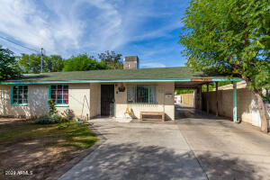6616 N 59TH Drive, Glendale, AZ 85301
