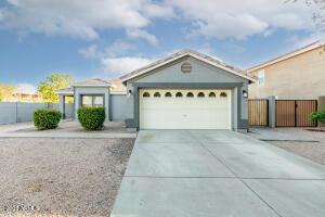 695 W COCHISE Lane, Gilbert, AZ 85233