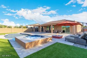 5008 W Yoosooni Drive, New River, AZ 85087