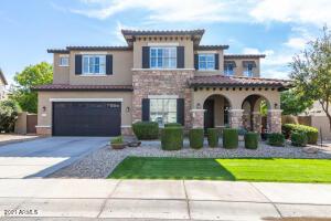 3105 E Castanets Drive, Gilbert, AZ 85298