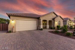987 W ALPINE TREE Avenue, Queen Creek, AZ 85140