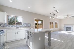 763 E HORIZON HEIGHTS Drive, San Tan Valley, AZ 85143
