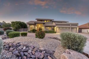 3844 E EQUESTRIAN Trail, Phoenix, AZ 85044