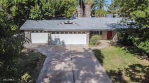 1322 E CATCLAW Street, Gilbert, AZ 85296