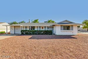 9933 W LA JOLLA Circle S, Sun City, AZ 85351
