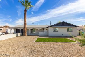 3041 N 39th Drive, Phoenix, AZ 85019