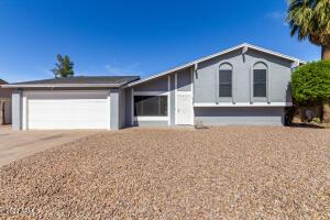 1636 W PAMPA Avenue, Mesa, AZ 85202