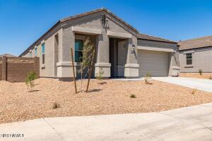 30812 W MITCHELL Drive, Buckeye, AZ 85396
