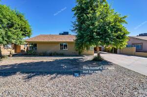 672 N SUNLAND Drive, Chandler, AZ 85225