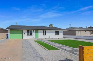 902 E EL CAMINITO Drive, Phoenix, AZ 85020