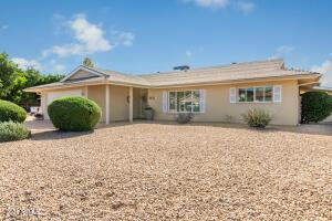 8601 E MITCHELL Drive, Scottsdale, AZ 85251