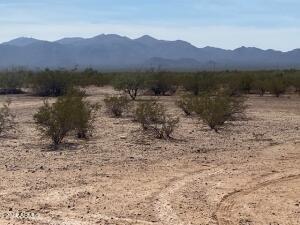 24000XX W Frontier Drive, -, Wittmann, AZ 85361
