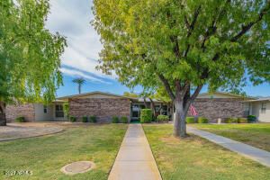 17018 N 106TH Avenue, Sun City, AZ 85373