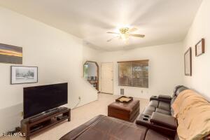 2201 N COMANCHE Drive, 1033, Chandler, AZ 85224
