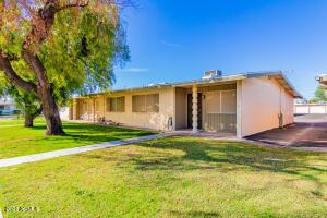10442 W DEANNE Drive, Sun City, AZ 85351