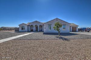 419 W WELD Street, San Tan Valley, AZ 85143