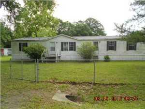 122 Pinecrest Drive, Wewahitchka, FL 32465