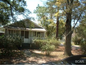 2500 6th Street, Panama City, FL 32401