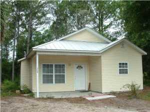 368 20th Street, Apalachicola, FL 32320