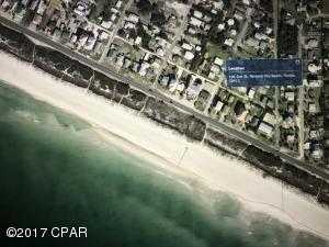 104 2nd Street is only the third house back from the dedicated beach of Sunnyside Beach.