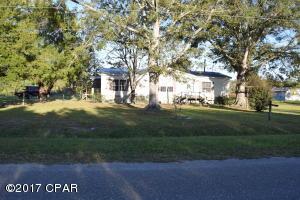 6852 GANLEY Road, Wewahitchka, FL 32465