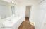 Full bath, double vanity