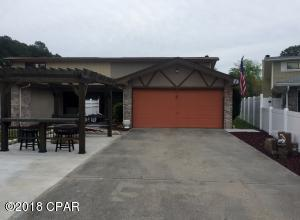 Well maintained home with 2 car garage and amazing ourdoor space for sunset gazing