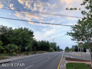 913 MLK Boulevard, Panama City, FL 32401