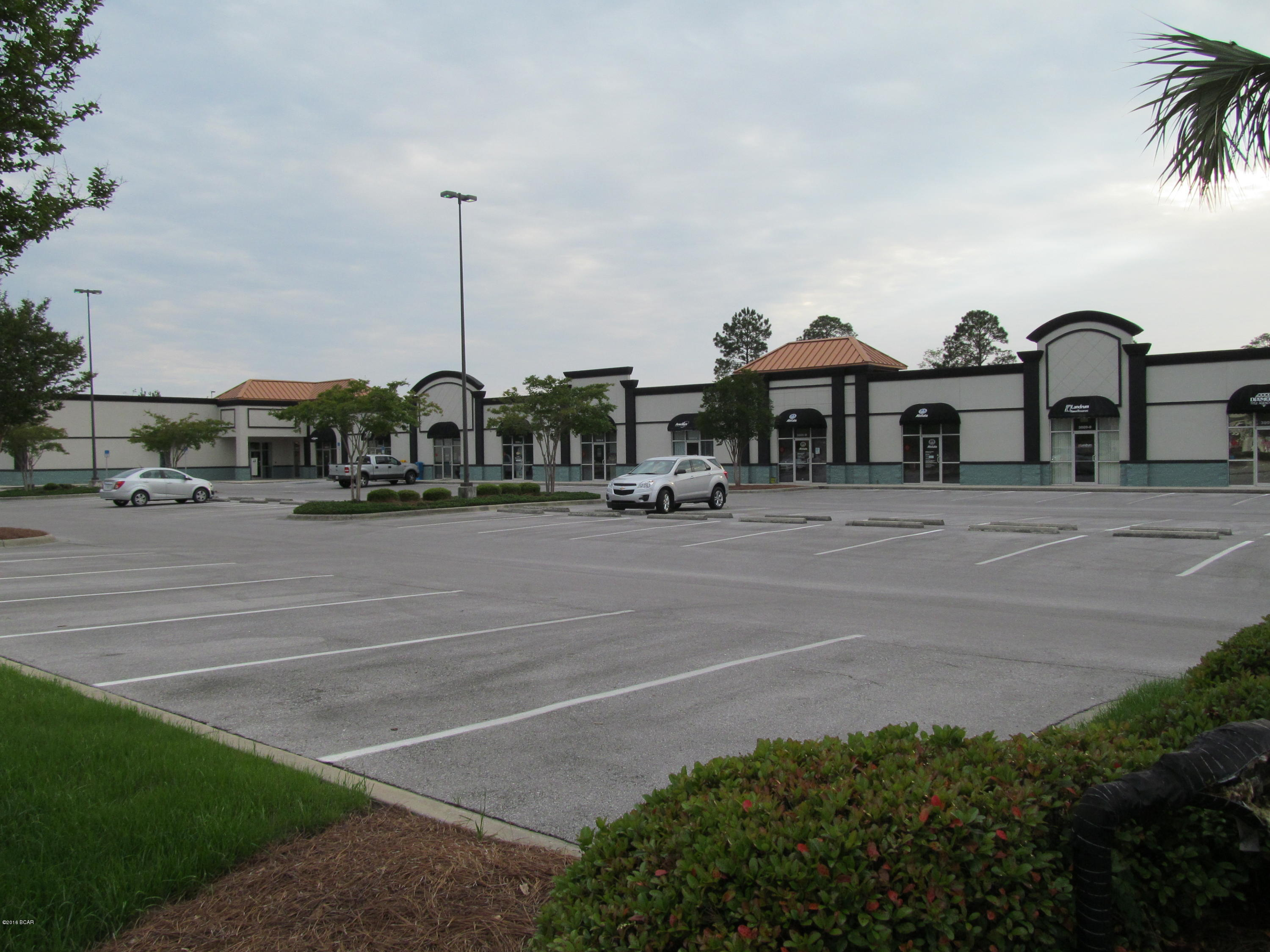 Photo of 3009 HIGHWAY 77 , K & L Lynn Haven FL 32444