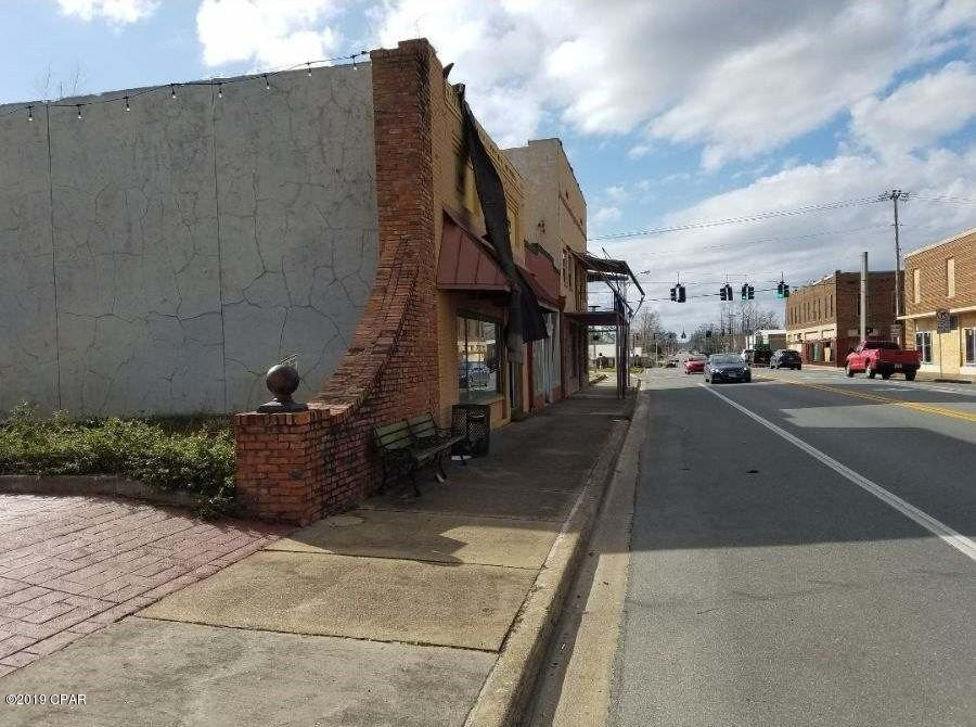 Photo of 20707 Central Avenue Blountstown FL 32424