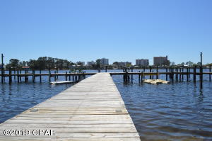6909 N Lagoon Drive, F1