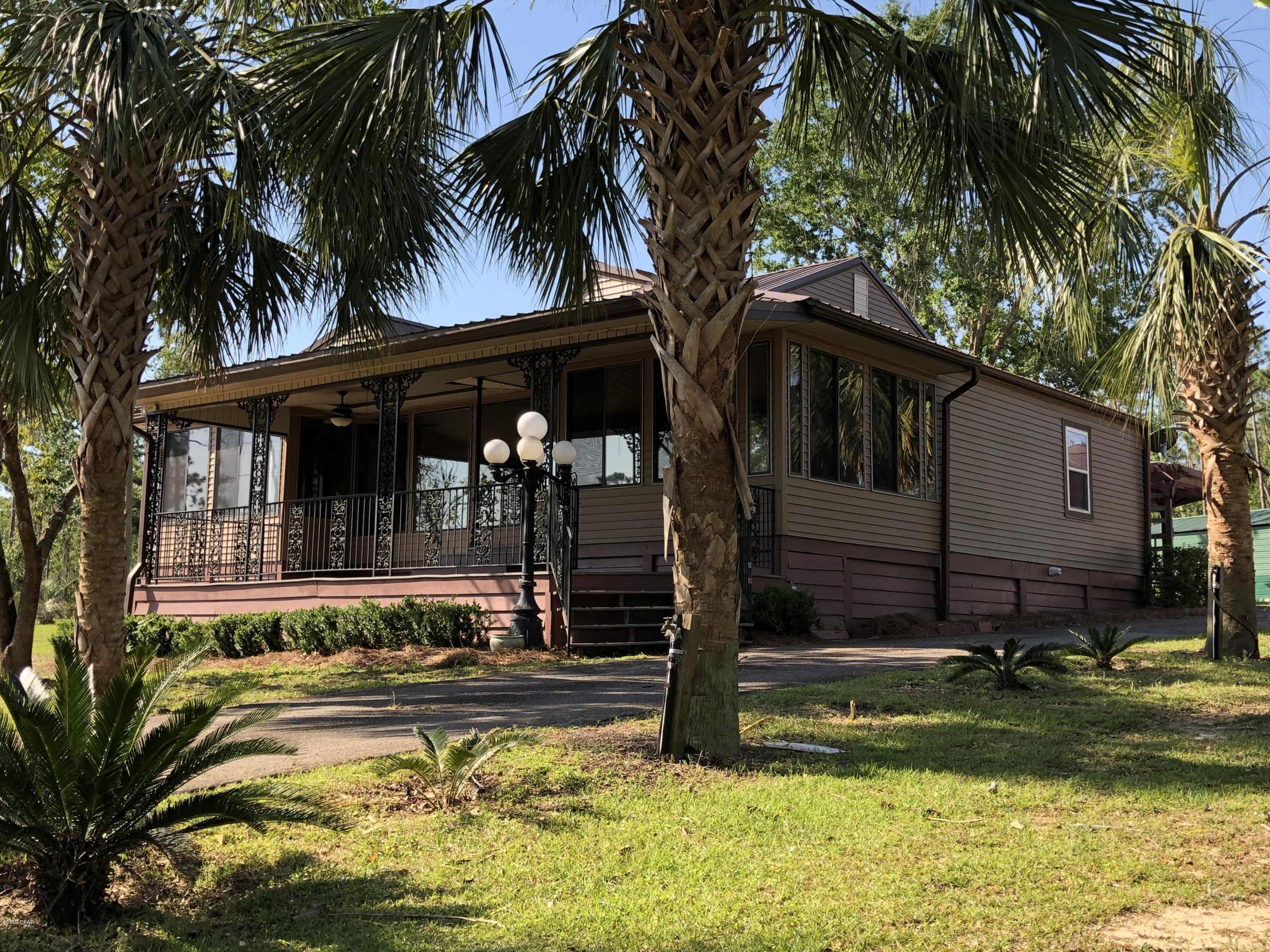 Photo of 937 View Drive Alford FL 32420