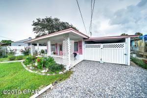 320 CHRISTMAS TREE Lane, Panama City Beach, FL 32413