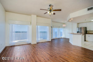 Great Room, dining area and Kitchen with three large Bayview Windows