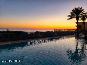 The gorgeous afterglow of Sunset from the Pool Deck. Picture by R.A. Anderson