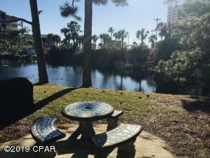 150 Robin Lane, Panama City Beach, FL 32407
