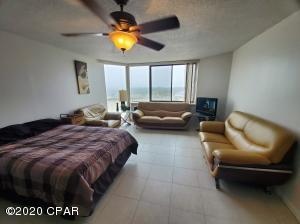 8817 Thomas Drive, A618, Panama City Beach, FL 32408