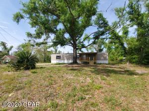 4314 Huckleberry Lane, Southport, FL 32409