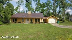 4708 The Oaks Drive, Marianna, FL 32446