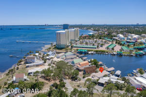 1071 Bay Circle, Panama City Beach, FL 32407