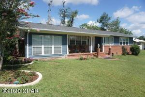 2977 Park Street, Marianna, FL 32446