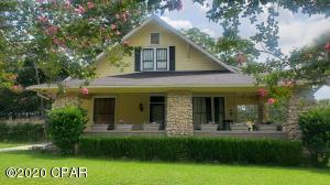 1272 Wells Avenue, Chipley, FL 32428