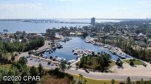7028 Starfish Court, Panama City Beach, FL 32407